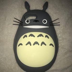 iPhone 8+ Totoro phone case